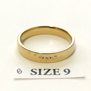 Men's / Women's Gold Tone Ring, Size 9